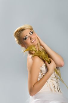 Free Blonde Bride With Golden Calla Lily Royalty Free Stock Photography - 22050047