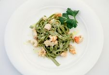 Free Tagliatelle With Shrimps Royalty Free Stock Photo - 22057655