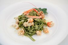 Free Tagliatelle With Shrimps 2 Royalty Free Stock Images - 22057669