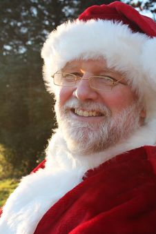 Free Smiling Santa Royalty Free Stock Image - 22071356