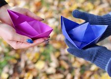 Free Paper Boat Royalty Free Stock Images - 22073119