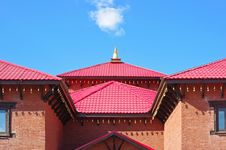 Free Buddhist Temple And Blue Sky Royalty Free Stock Photography - 22078197