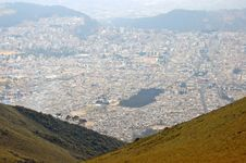 Free View Of Quito From The Top Of A Mountain. Royalty Free Stock Photo - 22078345