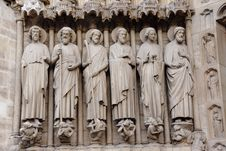Free Notre Dame Achitecture Stock Photography - 22091632