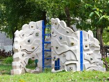 Children Climbing Royalty Free Stock Images
