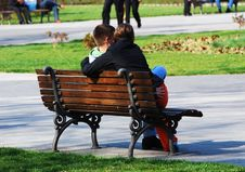 Free Young Couple On Bench Stock Photos - 2212923