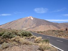 Free Heading For The Volcano Stock Photo - 2217270