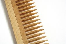 Free Wooden Comb Royalty Free Stock Images - 2217549