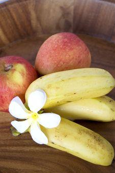 Free Fresh Fruits Stock Images - 22108974