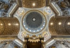 Free St. Peter S Basilica Image Royalty Free Stock Images - 22112109