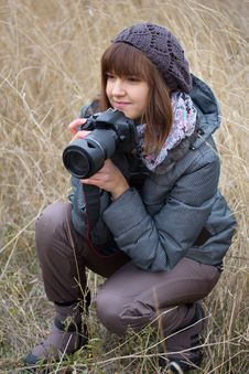 Free Girl With A Camera Royalty Free Stock Photo - 22115635