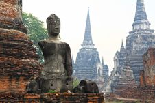 Free Headless And Armless Buddha Image In Ayutthaya Stock Photos - 22125743