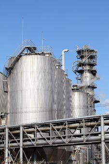 Free Refinery Plant Royalty Free Stock Photo - 22139005