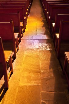 Free Aisle Between Pews Royalty Free Stock Photo - 22146315