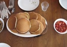Free Morning Pancakes Royalty Free Stock Photography - 22152807