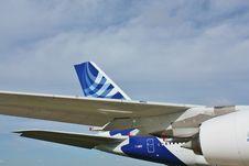 Free Passenger Aircraft A 380 Royalty Free Stock Image - 22162706