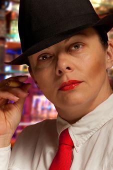 Free A Beautiful Woman A Cigar Royalty Free Stock Image - 22167556