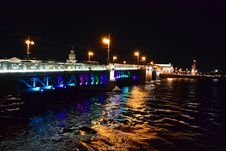 Free Palace Bridge At Night In St.Petersburg Royalty Free Stock Photo - 22181055