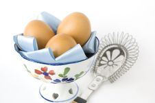 Free Eggs In Bowl With Kitchenware Stock Photos - 22181113