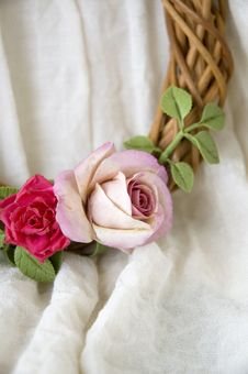 Free Roses On Garland Stock Image - 22181141