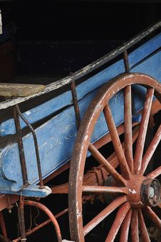 Free Old Horse Drawn Cart Royalty Free Stock Photo - 22189165
