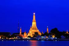 Free Wat Arun Royalty Free Stock Photos - 22192828