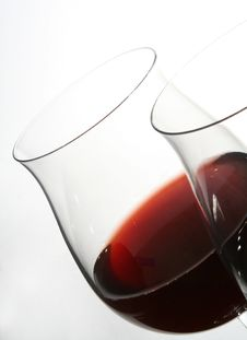 Free Two Wine Glasses With Red Wine Stock Photos - 2222703