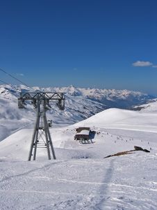 Free Ski Resort Stock Photography - 2222882