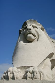 Free Sculpture Of King Lion Stock Photo - 2226660