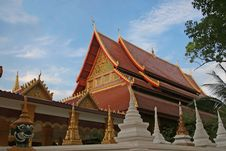 Free Buddhist Temple Royalty Free Stock Photography - 2228057