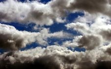 Free Blue Sky With Clouds Stock Images - 2229044
