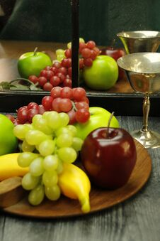 Free Fruit Tray, Silver Wine Glass With Reflection Through Mirrored Window Stock Image - 222117861