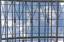 Free Sky Through Metal Truss Royalty Free Stock Images - 22235789