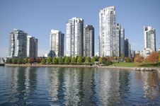 Free Buildings At False Creek  In Vancouver, BC, Canada Royalty Free Stock Photo - 22241185