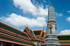 Free The Temple Of Reclining Buddha , Wat Pho Royalty Free Stock Photos - 22242008