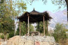 Free Grass Pavilion Royalty Free Stock Photography - 22243737