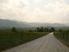 Free An Old Mountain Country Road Stock Photo - 22250670