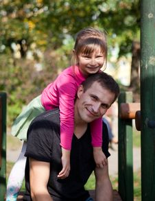 Free Father And Daughter Having Fun Royalty Free Stock Image - 22252916