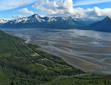 Free Low Tide In Turnagain Arm Royalty Free Stock Photography - 22253377