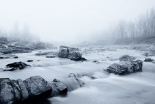 Free Soft Water And Fog In The River Royalty Free Stock Images - 22274059