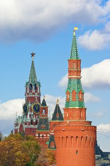 Free Towers Of Moscow Kremlin Royalty Free Stock Photography - 22290987