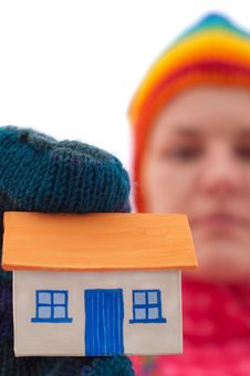 Free House Holds Woman In Winter Gloves Royalty Free Stock Image - 22291716