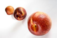 Free Peaches Royalty Free Stock Photography - 2230457