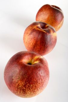 Free Peaches Royalty Free Stock Photos - 2230458