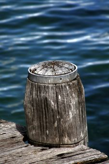 Free Wooden Pole Stock Image - 2230771