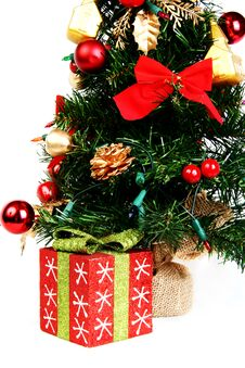 Free Present And Christmas Tree Stock Photography - 22335572