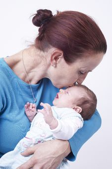 Free Mothers With Newborn Baby Royalty Free Stock Photography - 22342507