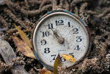 Free An Old Antique Clock Royalty Free Stock Photos - 22344008