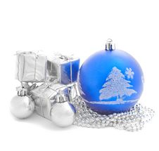 Free Christmas Balls With Little Present Boxes Stock Photos - 22358193