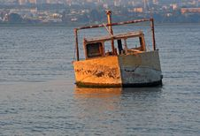 Sunken Boat Royalty Free Stock Photography